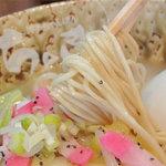 博多ちゃんぽんちょき - ちゃんラーメンの麺はもちろんラーメン。