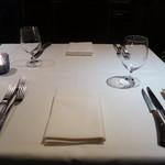 トスカネリア - テーブルセッティング