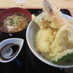 満マル - 海鮮天丼¥750