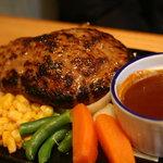 秋よし - 手作りハンバーグステーキ350g(自然薯・豆腐入り) 1,100円