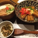 海人酒房 - ラフテー丼と沖縄そば  予想外に美味しかった