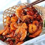 鳳家 - 農家風海老の葱、生姜、辛子炒め