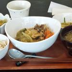 カフェ アルク - 食養ランチ¥650肉豆腐、中華サラダ、おひたし、豚汁、胚芽米ご飯