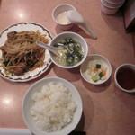 夜来香 - ニラレバー炒めランチ