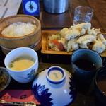 民芸茶屋 味蔵 - とり天定食900円