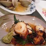 なが田 - アサリ酒蒸しとタコの煮物。