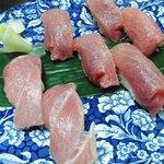あやめ鮨 - 料理写真:中トロ握り。