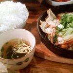 昭和ホルモン食堂 - ホルモン定食