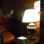 JKカフェ - 落着いた照明☆♪