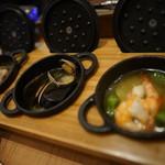牡蠣と地中海料理 ALEGRIA - 3種のアヒージョ