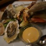 牡蠣と地中海料理 ALEGRIA - 魚介のプラッター