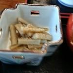 ちから餅本舗 - ゴボウの煮物