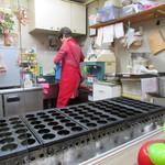 たこ吉 - 厨房