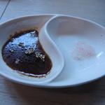 TOKIO - ハンバーグの醤油ダレとお塩