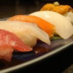 食楽厨房 以心伝心 - おまかせにぎり寿司【5貫】