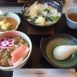 ラコンテ - 寒鰤の蒸し寿司とミニ鍋焼きうどん!(通常880円)