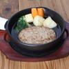 昭和町BOSTON - 料理写真:煮込みスープハンバーグ