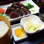 れストラン ゆず庵 - 藁焼きかつおのタタキ定食