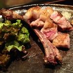 炉端美酒食堂 炉とマタギ - 猪豚ガンバラ焼き