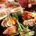 完全個室・夜景一望・美食×肉プレート 七色 - 。【TOKYO和食 & 朝〆直送 旬魚・蔵元直送 隠し蔵】