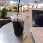 カフェ ラ ブヴェット - アイスコーヒー 300円
