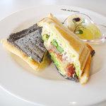 Cafe de 佛蘭西 - ホットサンドアップ(コンビーフ)