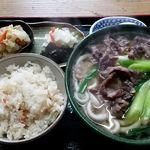 勢野うどん - 肉うどんと日替りご飯