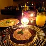 Fooding Bar Ruelle堂山 - 日向地鶏のたたき 三種の彩り薬味を添えて