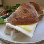サンス エ サンス - 生ハムとグリュイエール・チーズのサンド1