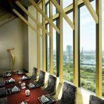 日本料理 「風花」 - 【個室】浜離宮や東京ベイを見渡せる炬燵タイプの個室