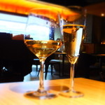 8G shinsaibashi - フェアバレーシェラン白ワイン:500円+ピエルラン ブリュット:500円 ※税抜き