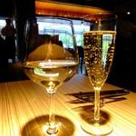 34215939 - フェアバレーシェラン白ワイン:500円+ピエルラン ブリュット:500円 ※税抜き