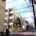 8G shinsaibashi - 8G心斎橋 お店の前の道