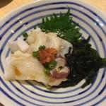 炭火焼鳥 串善 - 生蛸の刺身 300円