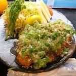 とんぼ亭 - とんかつのネギ塩ダレ。揚げ物なのにあっさりとしています。