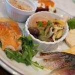 サカナバル グリル - お勧め前菜の盛り合わせ