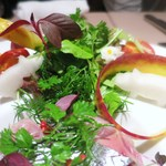 イルバンボリーノ - 秋刀魚のラベンダーマリネとジンジャー風味の秋茄子のミルフィーユ仕立て ケッパーソース