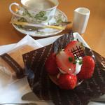 ア・ルーアン - ケーキと焼き菓子とドリンクのセット