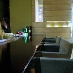 Bar WADURO - 座り心地のいいカウンター席