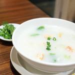 中華粥 香港ロジ -