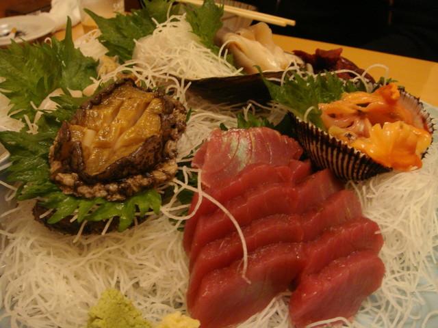 京町 - カツオ、鯨、赤貝、生ホッキ、ホタテ、あわび