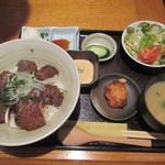 34232893 - 炭火焼和牛 A5 カルビ定食 1200円(込)