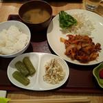 鶏専門店 食彩 Ks Har - 日替わり(ポークチャップ) 750円