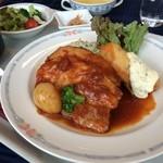 レストラン レジーナ - 日替りのAランチ:ポークシチューと鱈のフリッター