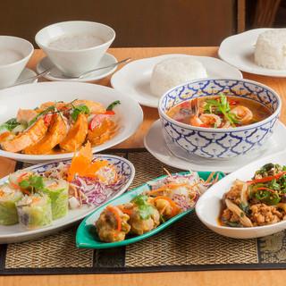 タイ国商務省が認定した本場のタイ料理を味わえる