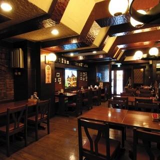 1Fは北海道最古のビヤホール「ライオン狸小路店」