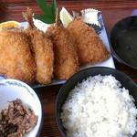 まるさん - 魚フライ定食…1,404円
