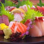 沼津魚がし鮨 二代目魚がし - 料理写真:刺し盛