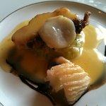 マザー・グース - ランチコース3500円:魚料理(クリームソースとバルサミコソースが絶妙のハーモニー)