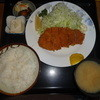 食事処うずめ - 料理写真:ロースかつ定食(930円)